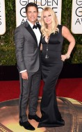 rs_634x1024-160110183130-634_Rob-Lowe-Sheryl-Berkoff-Golden-Globes_ms_011016