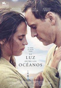 la_luz_entre_los_oceanos-cartel-7240